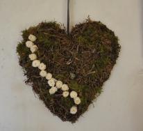 Coeur avec fleurs stabilisées pour mariage original