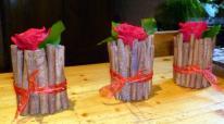 Charlotte cannelle et rose rouge stabilisées