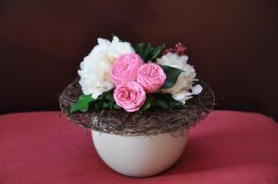 Bouquet rond sur structure sisal naturel